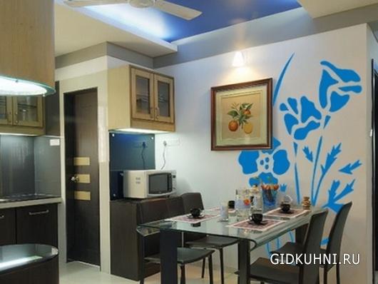 Дизайн пустой стены на кухне
