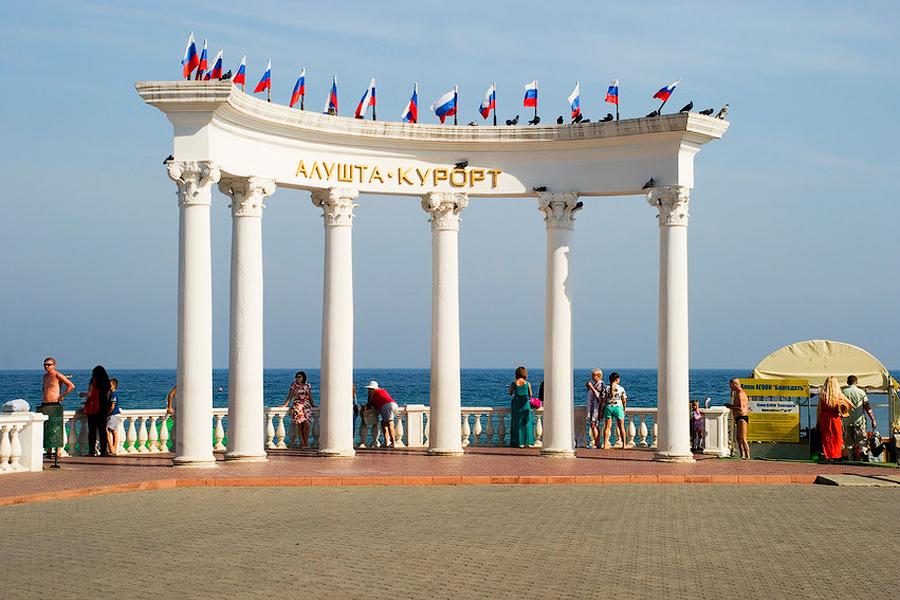 Почему туристы больше не хотят возвращаться в Крым