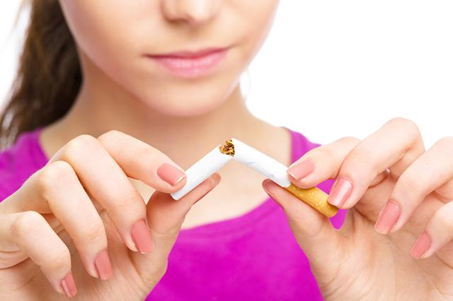 «Дым отечества». Куда можно жаловаться на курильщиков?