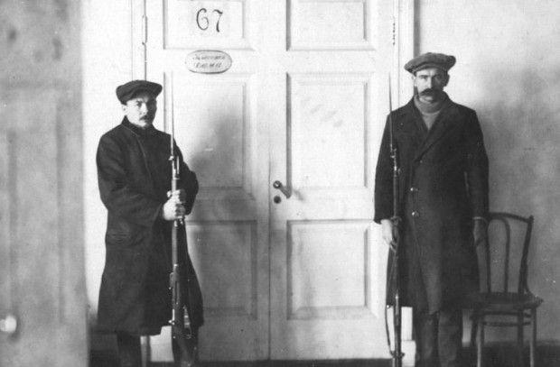 В вопросах безопасности В.И. Ленин брал пример с русских императоров