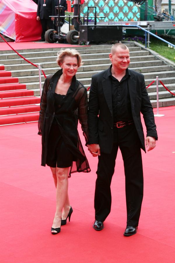 Вдова Владислава Галкина впервые рассказала о жизни без супруга