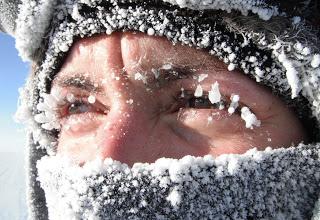 Экстремальная ночевка в зимней тайге в -30 !!! Не повторять - опасно