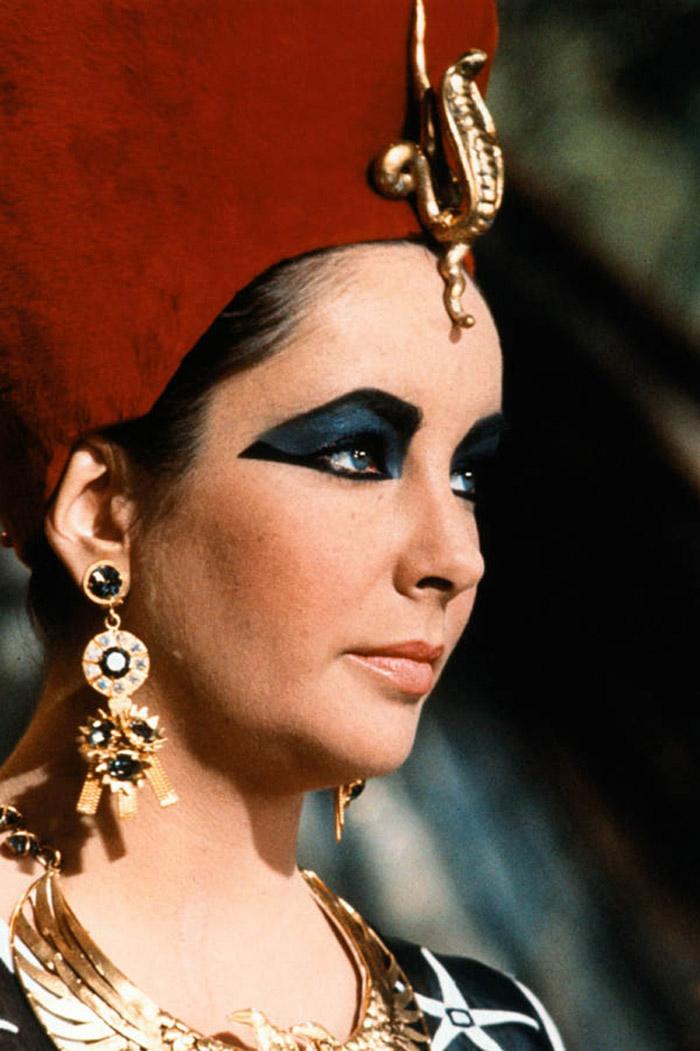 Элизабет Тейлор (Elizabeth Taylor) на съемках фильма «Клеопатра» (Cleopatra) (1963), фото 3