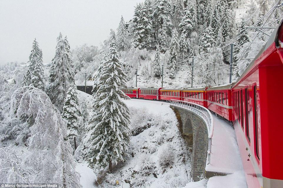 Самая живописная железная дорога Европы в Швейцарских Альпах