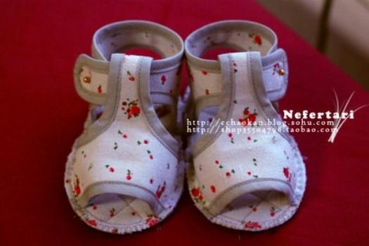 ШЬЕМ, ШЬЁМ, ШЬЁМ... Еще один мастер-класс шитья детских сандалий