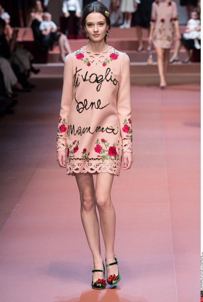Какие платья будут в моде осенью и зимой