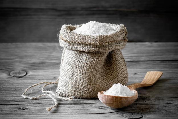 Как с помощью соли отчистить что угодно: 10 секретных приемов