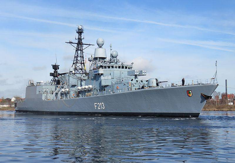 НАТО и США наращивают корабельную группировку в Восточном Средиземье