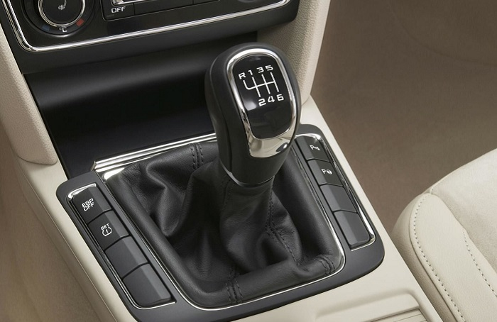 Ошибки водителя, которые ускоряют выход из строя механической коробки передач