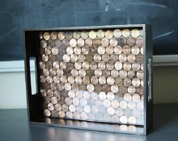 Поднос, выстеленный монетами! Впишется в любой интерьер. дизайн, креатив, монета, украшение