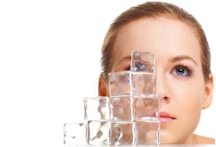 Лед на страже красоты: 5 бьюти-советов с использованием замороженной воды