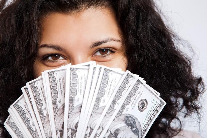 Ученые выяснили: счастье – в деньгах
