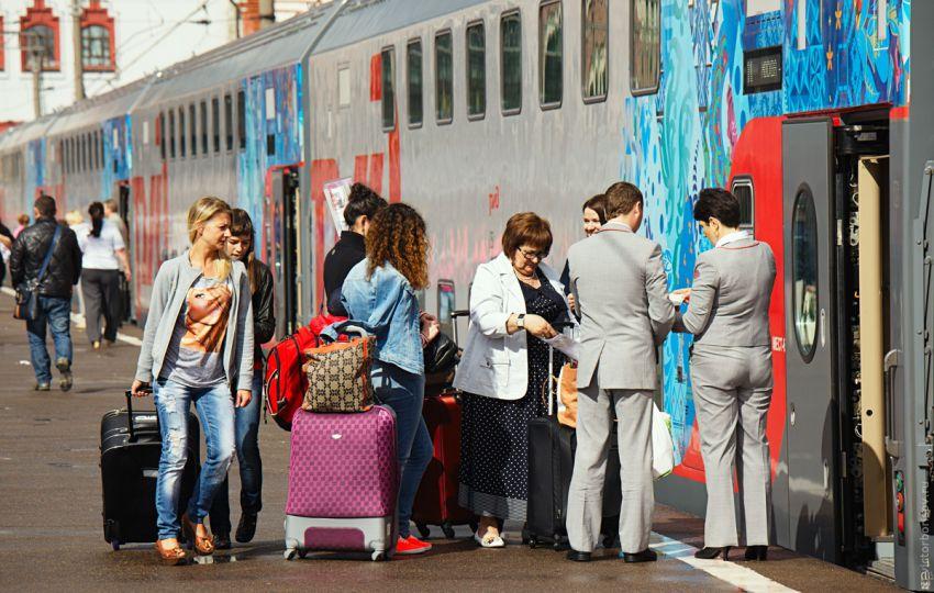 Как выглядит двухэтажный поезд Москва–Адлер изнутри