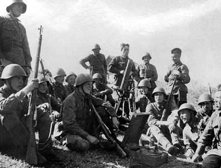 Харьковская бойня: как «гениальный полководец» Хрущев погубил тысячи солдат