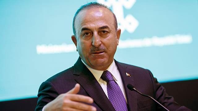 Глава МИД Турции обрушился на Евросоюз