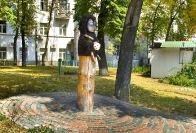 Устал от вандализма: «Ежик в тумане» эмигрирует из Киева
