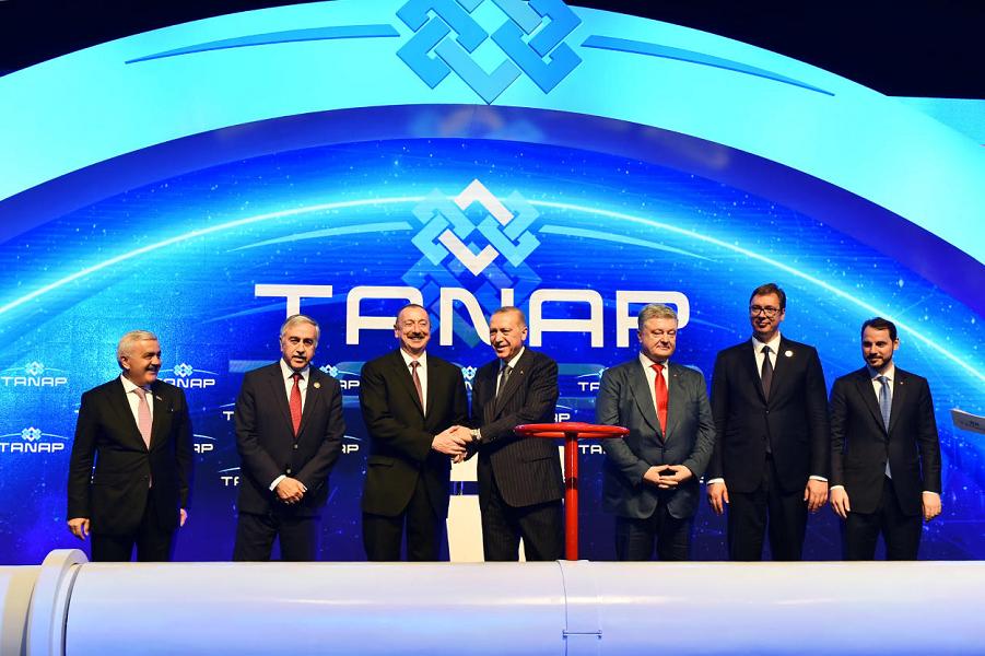 Как Сербия оказалась на открытии газовой альтернативы России?