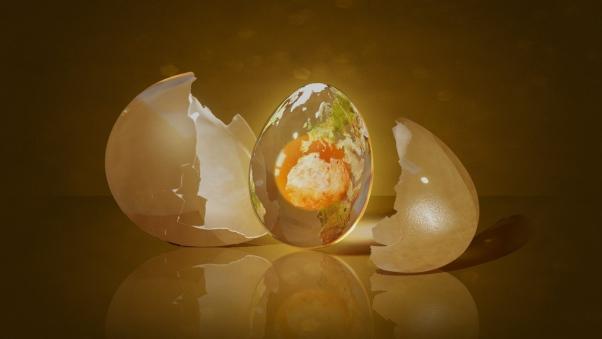Обряд выкатывания яйцом