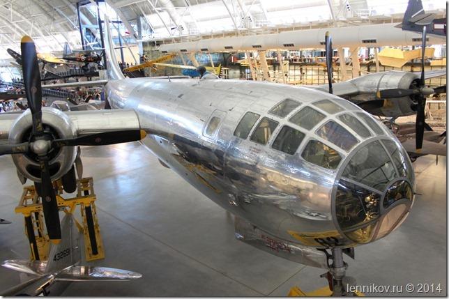 Стратегический бомбардировщик B-29 «Enola Gay»