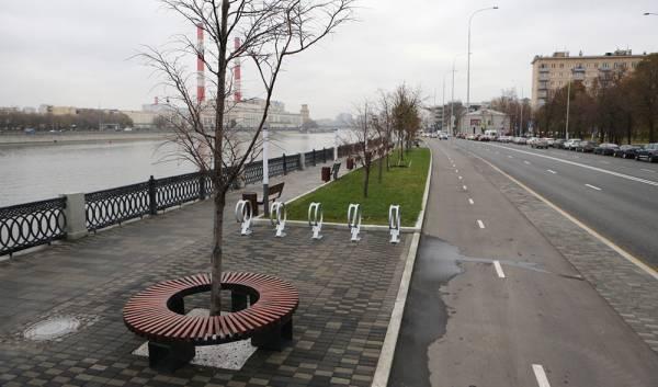Как изменилось уличное пространство вокруг Новодевичьего монастыря в Москве?