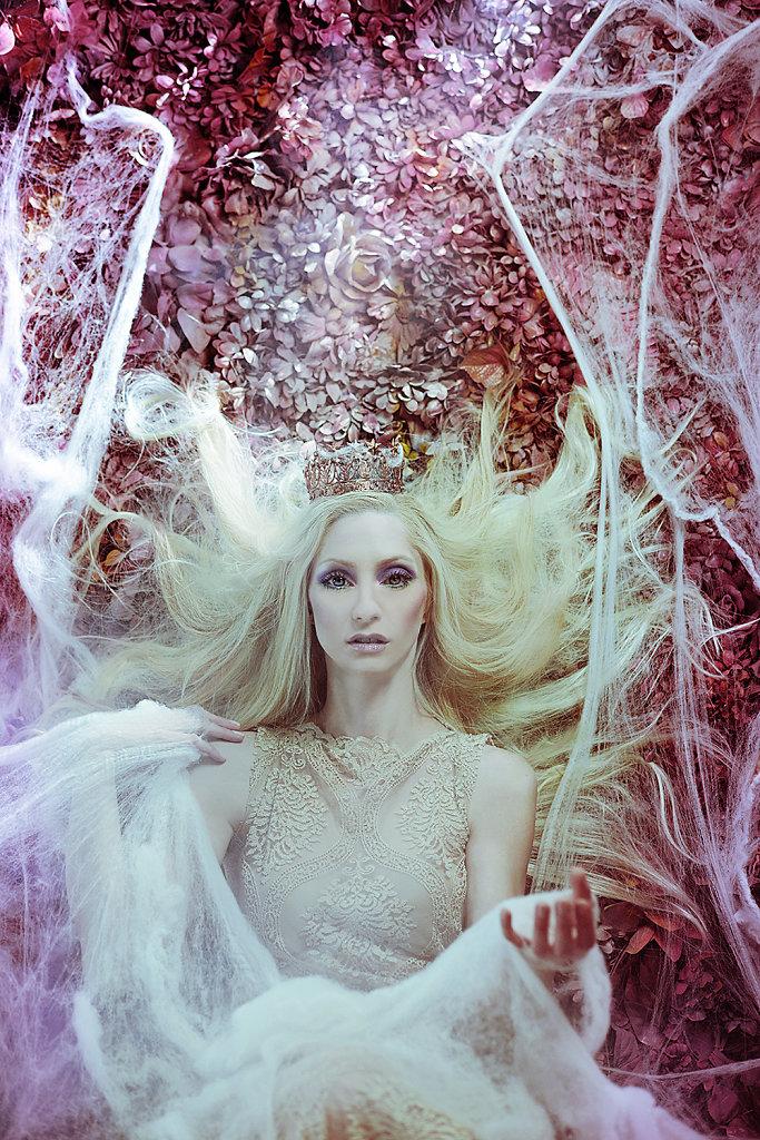 Фотопрект «Таинственный сад». Потрясающие сюрреалистические портреты фотографа Даниэлы Мэджик - 4