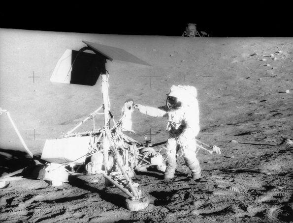 Аномальные Лунные Фотографии - Аполлон.