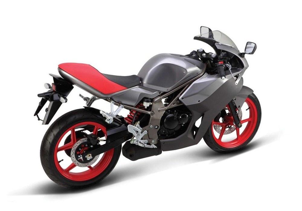 Компания Hyosung планирует представить серию новых мотоциклов на EICMA 2015