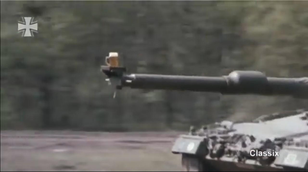 Немцы тестируют танки на пиве!