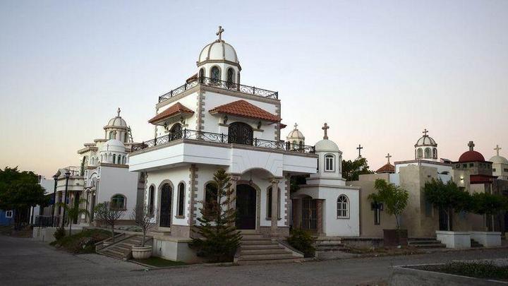 Роскошное кладбище мексиканских наркобаронов…