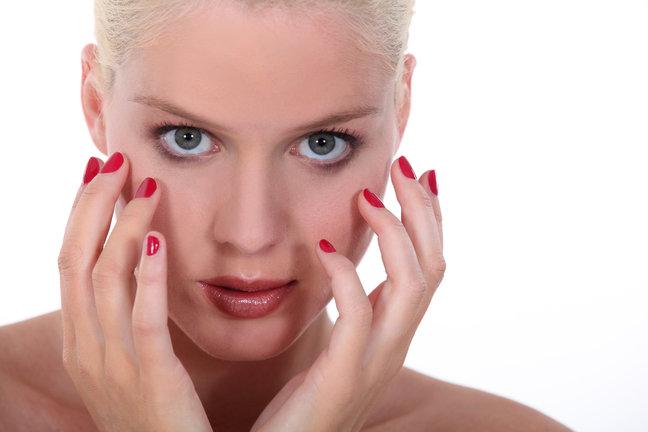 Спасите мои ногти: эффективная процедура запечатывания ногтей