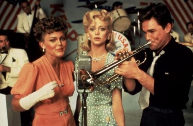 Вот, с кого надо брать пример: вечная любовь Курта Рассела и Голди Хоун. Прямо как в сказке