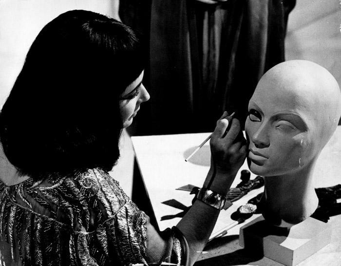 Элизабет Тейлор (Elizabeth Taylor) на съемках фильма «Клеопатра» (Cleopatra) (1963), фото 29