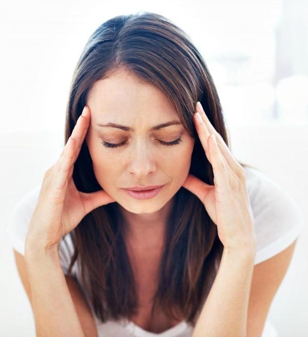 Напряжение в ушах и голове