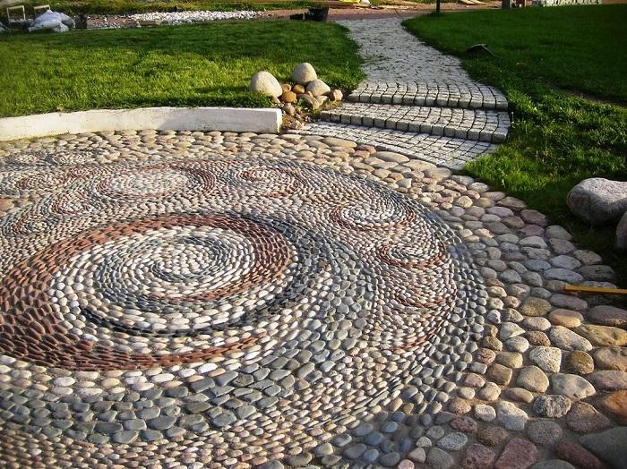 20 наглядных доказательств, почему не нужно выбрасывать камни со своего участка