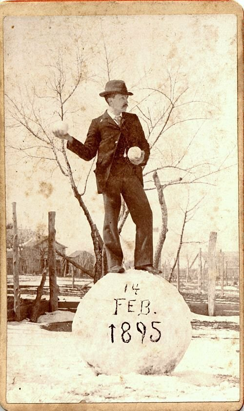 «Сфотай, типа я снеговик». Подарок любимой на День Св. Валентина. Лондон. 1895 г. интересно, история, фото