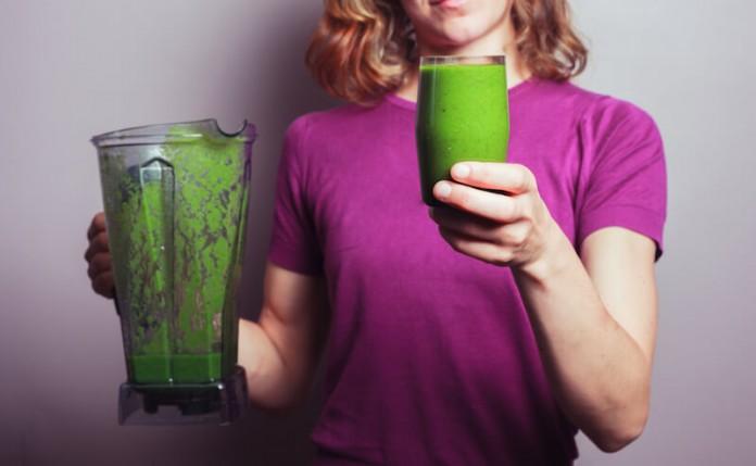 С этим зеленым напитком вы избавитесь от токсинов в прямой кишке