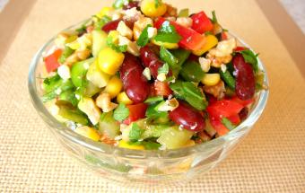 «Мазурка» постный салат с фасолью. Салаты на праздничный стол без майонеза!