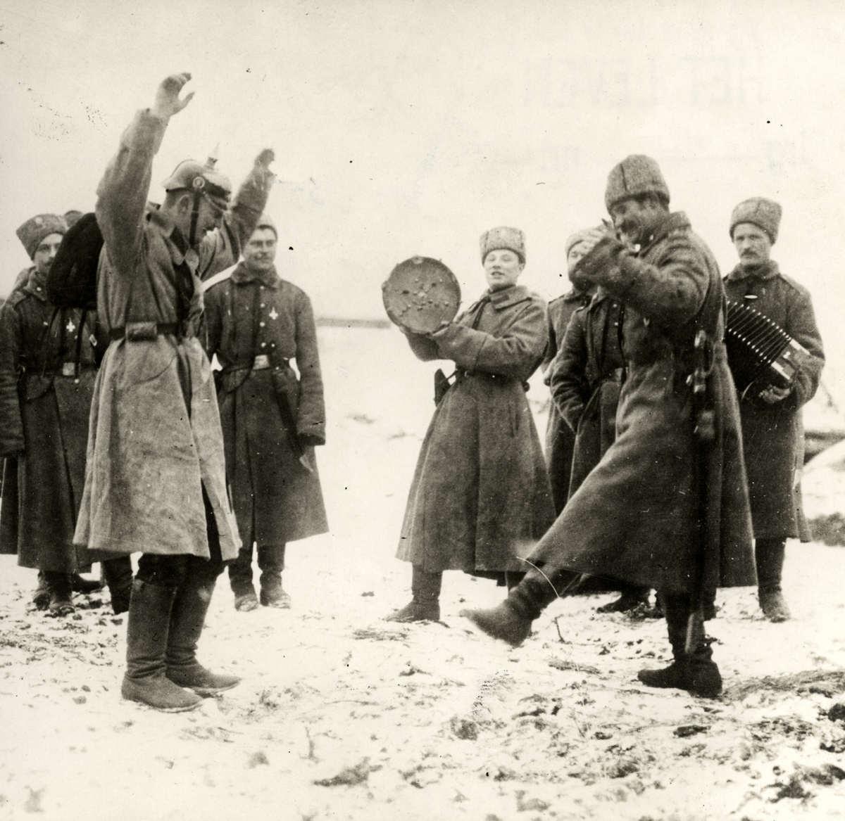 Солдаты сосут друг у друга в россии 12 фотография