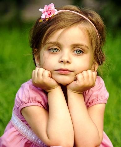 Эту девочку бросил отец. То,что она сказала, узнав, что у него есть семья и дети, может стать уроком для всех