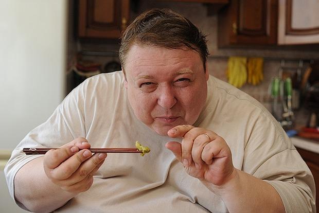 Из-за тяжелой болезни 200-килограммовый Семчев сбросил 40 килограмм и продолжает худеть
