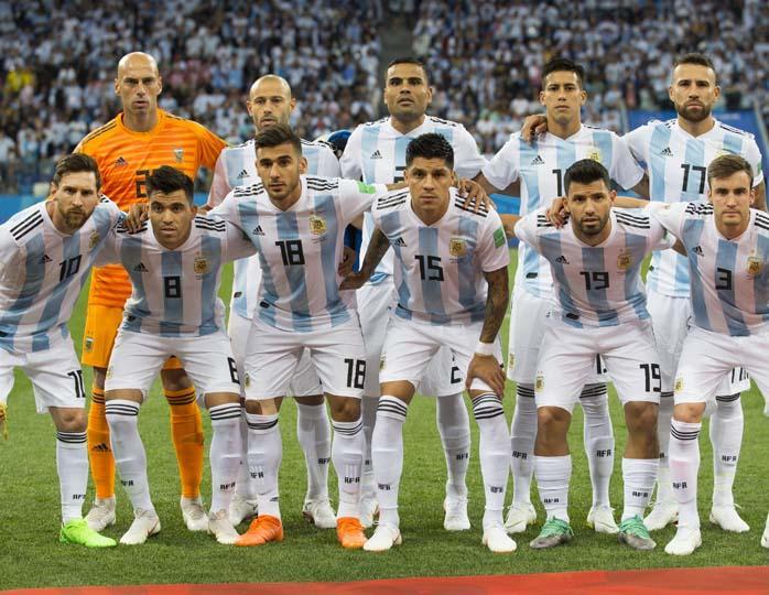 Аргентинские футболисты прос…