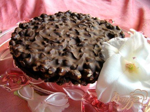 Хрустящий шоколадный торт без выпечки