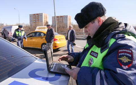 У таксистов изымают автомобили за отсутствие отметки о техосмотре