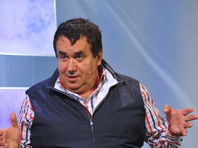 Садальский посмеялся над путешествующим бизнес-классом Петросяном