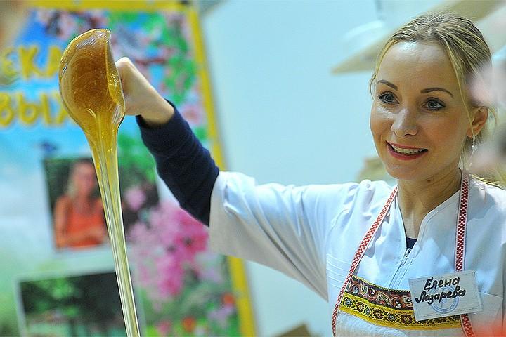 Полезен ли на самом деле мед при кашле и астме