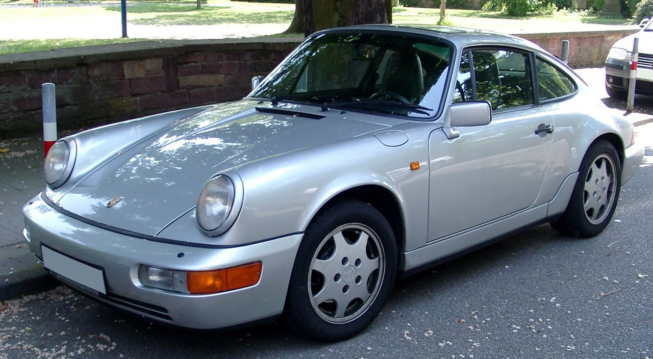 http://upload.wikimedia.org/wikipedia/commons/a/a4/Porsche_964_front_20080515.jpg