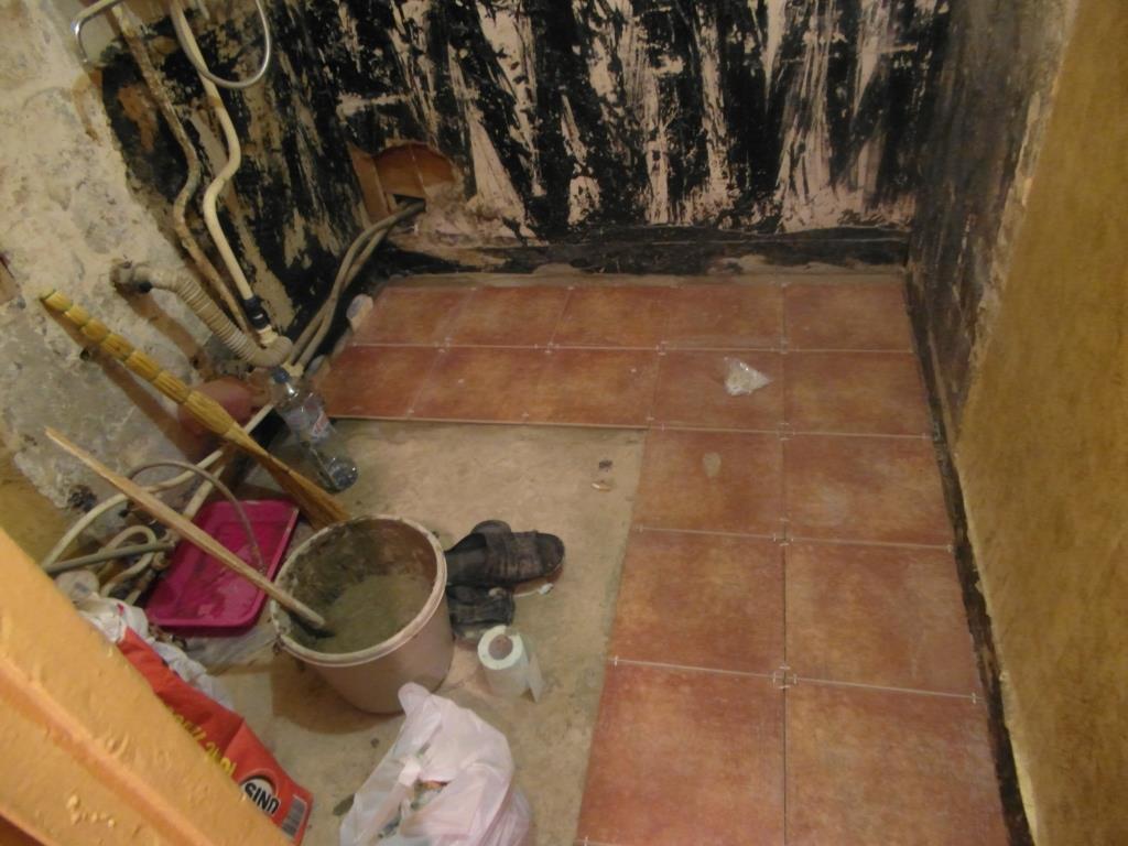 Ремонт в ванной комнате пол своими руками 291