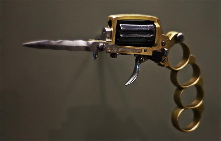 Оборот холодного оружия: музею можно - мне нельзя