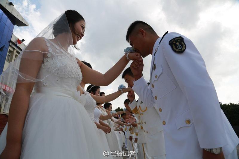 Китайские замполиты отжигают - несимметричный ответ на гей возню в армии США
