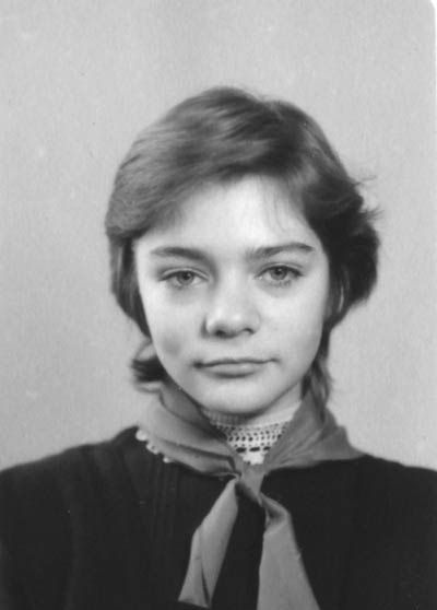 Как менялась Гостья из будущего - Наталья Мурашкевич (28 фото)